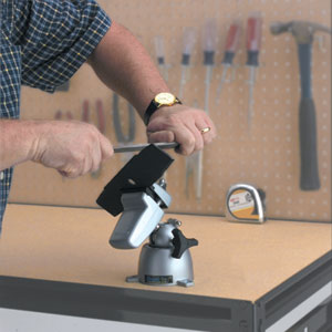 Using the PanaVise 301 Standard Vise to hold a rotary blade secure during sharpening
