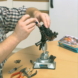 The PanaVise 203 PV Jr. vise head used with the 380 Vacuum Base