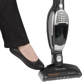 Amazon Com Electrolux Ergorapido Brushroll Clean 2 In 1