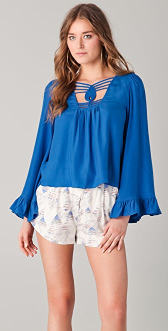 ADDISON Bell Sleeve Top
