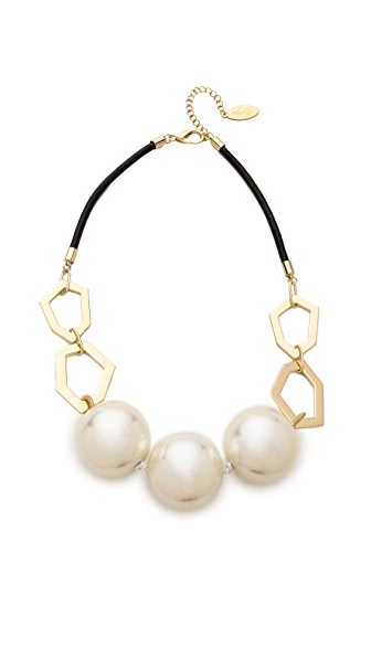 Adia Kibur Imitation Pearl Necklace