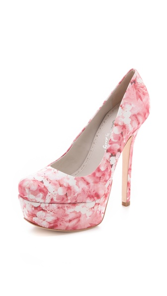 alice + olivia Larimore Platform Pumps