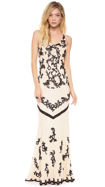alice + olivia Abigail Scoop Neck Fitted Gown