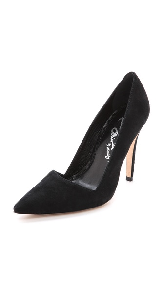 alice + olivia Makayla Pumps