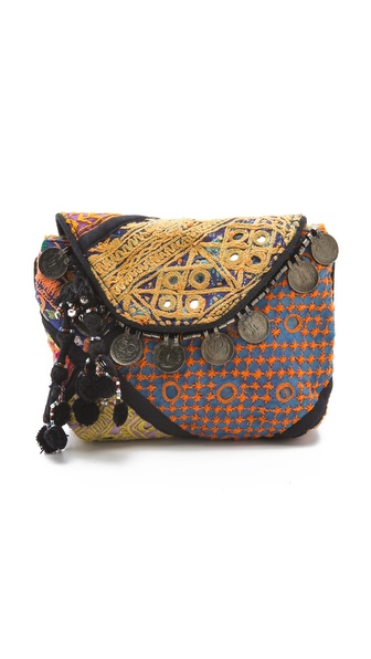 Antik Batik Banta Clutch