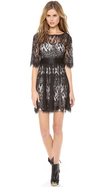 BB Dakota Scallop Lace Dress