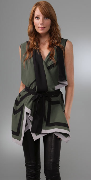 BCBGMAXAZRIA Geometric Cutout Top