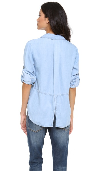 Рубашка с пуговицами на спине