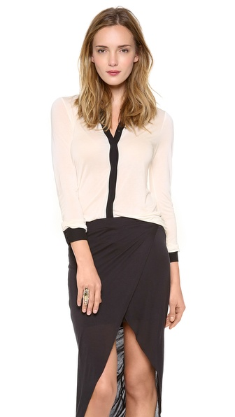 Bella Luxx Hidden Placket Top