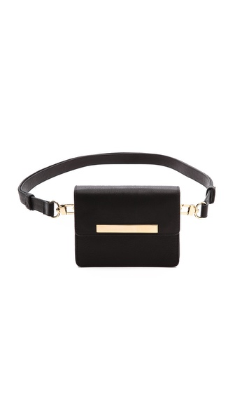 Kupi B-Low The Belt tasnu online i raspordaja za kupiti Wrinkled leather and gold tone hardware brings a chic update to this B Low The Belt belt bag. A magnetic flap opens the lined pack, and polished spring locks clip on the adjustable belt. Leather: Cowhide. Weight: 12oz / 0.34kg. Made in the USA. Measurements Height: 4.25in / 11cm Belt: 33in / 84cm Length: 5.5in / 14cm Depth: 1.5in / 3.5cm. Available sizes: One Size