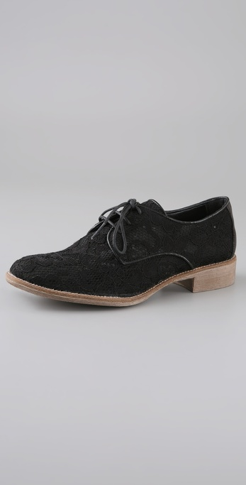 Boutique 9 Gilderoy 2 Lace Oxfords