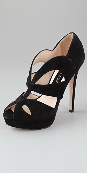 Boutique 9 Caurah Suede Platform Pumps