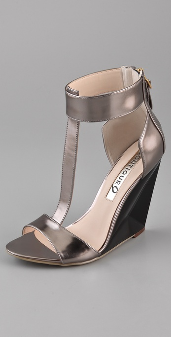 Boutique 9 Linya T Strap Wedge Sandals