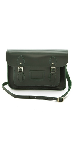 Kupi Cambridge Satchel tasnu online i raspordaja za kupiti A smooth leather Cambridge Satchel bag with clean lines and buckle closures. The top flap protects 2 unlined compartments and a card window. Adjustable shoulder strap. Polished, silver-tone hardware. Dust bag included.  Leather: Cowhide. Weight: 27oz / 0.77kg. Made in Great Britain.  MEASUREMENTS Height: 9in / 23cm Length: 13in / 33.5cm Depth: 2.5in / 6.5cm Strap drop: 20in / 51cm - Dark Olive
