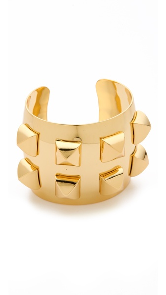 CC SKYE 8 Stud Cuff