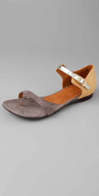 Chie Mihara Shoes Joven Flat Thong Sandals