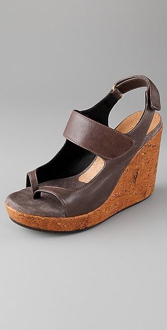 Chie Mihara Shoes Daudau Wedge Thong Sandals