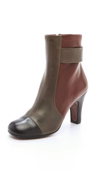 Chie Mihara Shoes Quieja Colorblock Booties