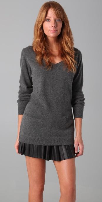 Chinti and Parker Boyfriend V-Neck Cashmere Sweater