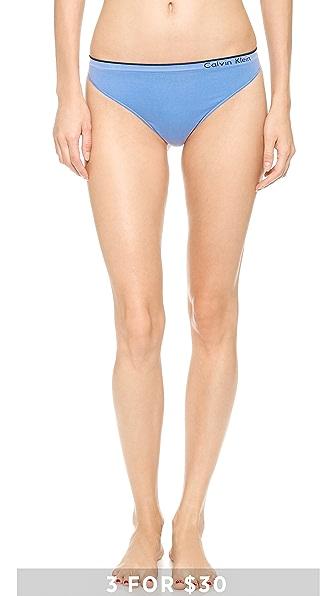 Calvin Klein Underwear Seamless Classic Thong
