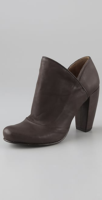 Coclico Shoes Carrol Ankle Booties