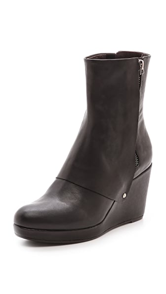 Coclico Shoes Huette Wedge Booties