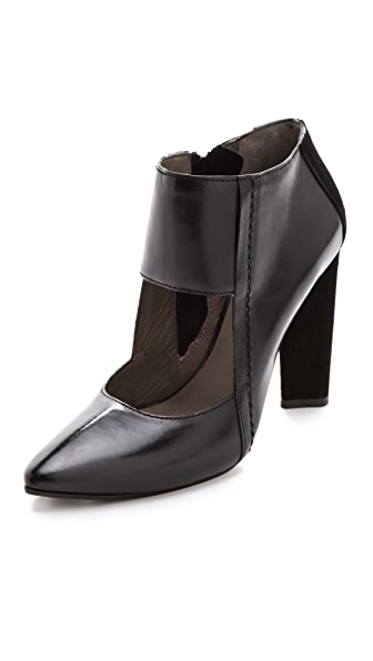 CoSTUME NATIONAL Mary Jane Pumps