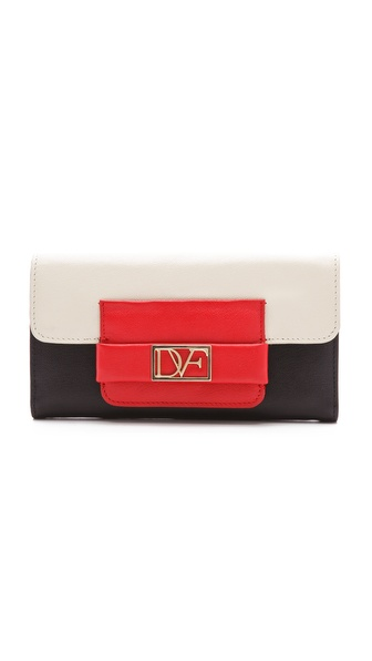 Diane von Furstenberg DVF Metro Flap Wallet