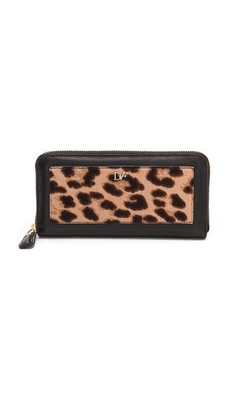 Diane von Furstenberg Lips Zip Around Wallet