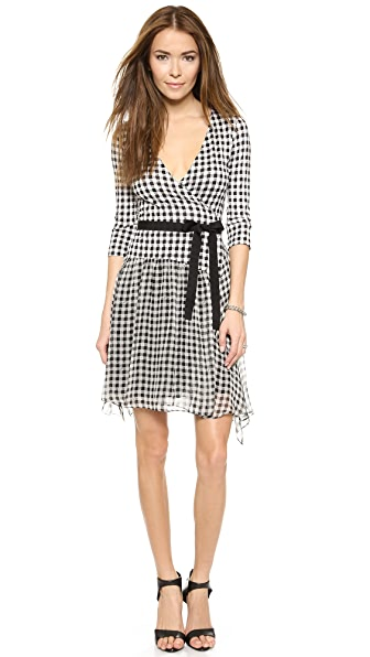 Shop Diane von Furstenberg online and buy Diane Von Furstenberg Riviera Dress - Gingham Small Black dress online