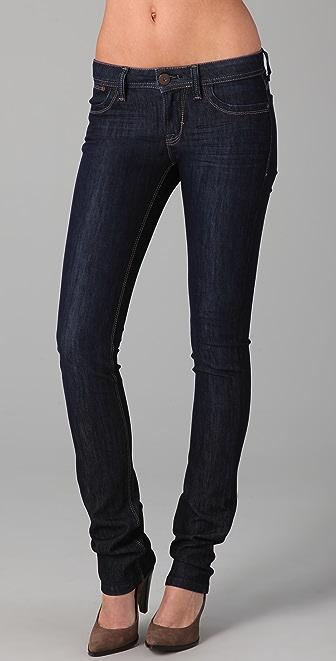 DL1961 Lindsey Slim Straight Jean