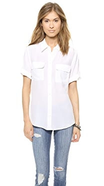 Equipment Short Sleeve Slim Signature Blouse