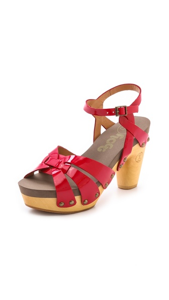 Flogg Fain Clog Sandals - Red