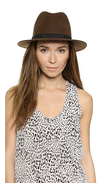Шляпа из шерстяного фетра с опущенными полями