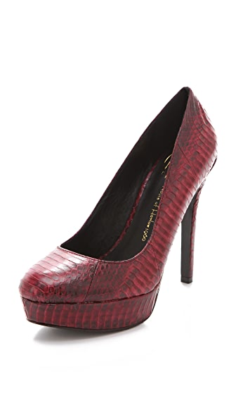 House of Harlow 1960 Nora Snakeskin Pumps