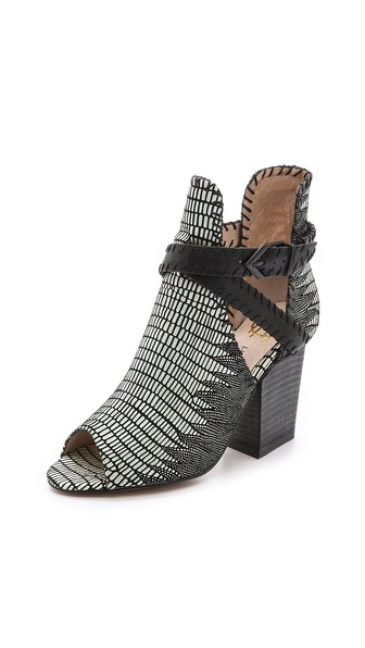 House of Harlow 1960 Minnie Open Toe Booties