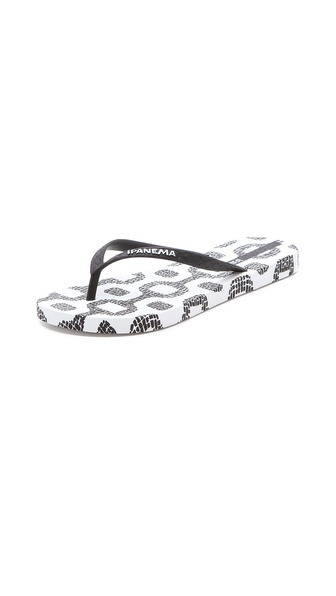 Ipanema Classic Premium Chain Print Flip Flops