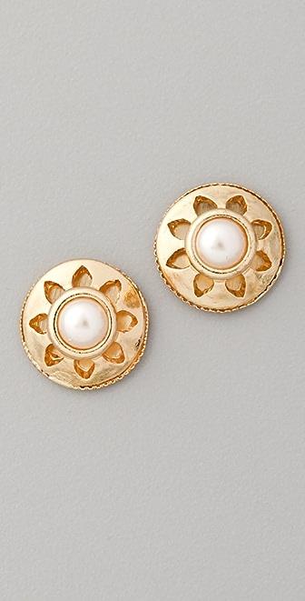 Juliet & Company Vintage Pearl Stud Earrings