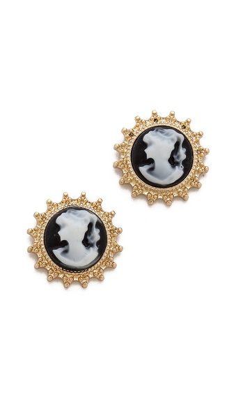 Juliet & Company Cameo Stud Earrings