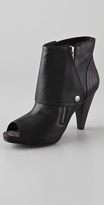 Joie Ramone Snap Booties