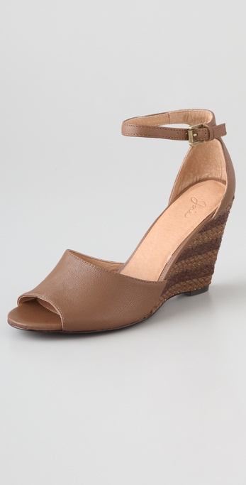Joie Light My Fire Wedge Sandals