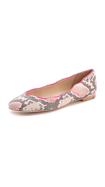 Juicy Couture Jailyn Flats