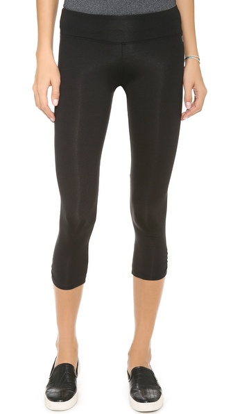 KORAL ACTIVEWEAR Active Capris with Shirring Detail