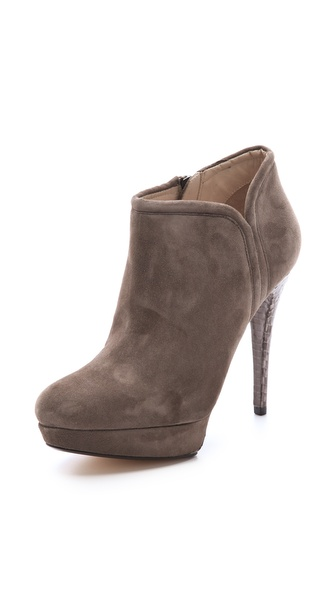 KORS Michael Kors Chelsea Booties