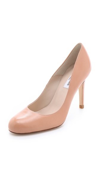 L.K. Bennett Shilo Round Toe Pump