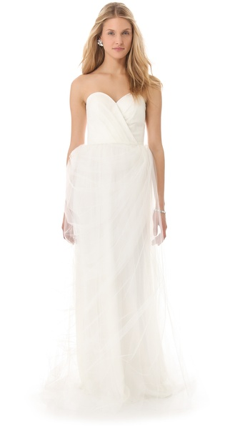 Love, Yu Stars Plunge Sweetheart Gown