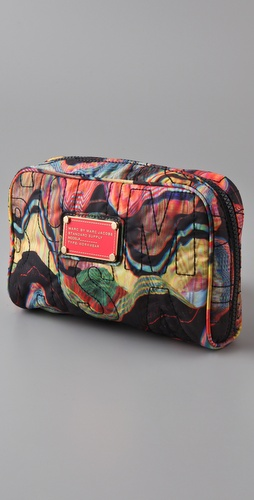 Marc by Marc Jacobs Pretty Nylon Printed Travel Cosmetic Case