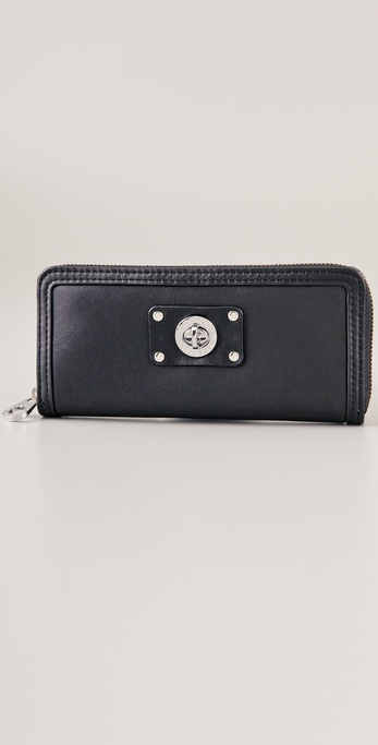 Marc by Marc Jacobs Totally Turnlock Slim Zip Around Wallet