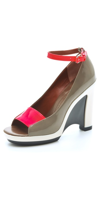 Marc by Marc Jacobs Graphic Platform Sandals