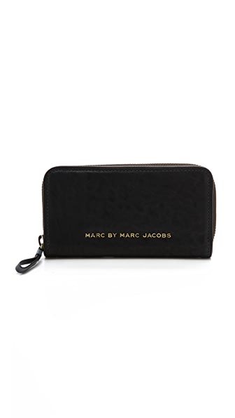 Marc by Marc Jacobs Maverick Vertical Zippy Wallet